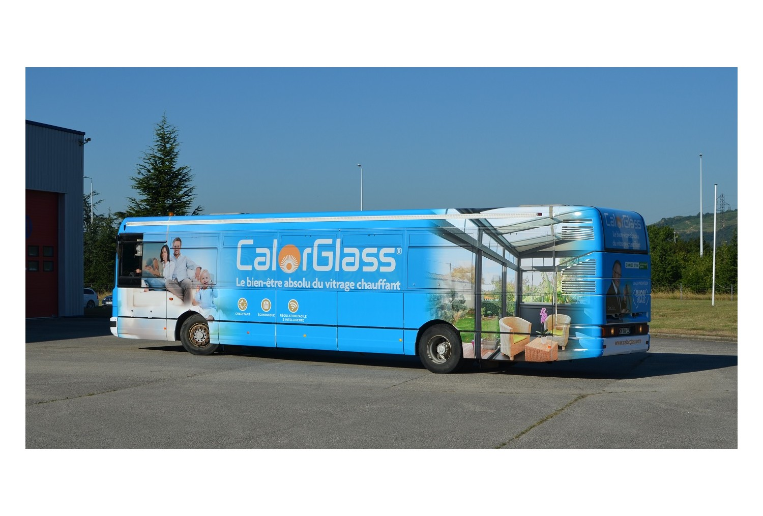 Salon Batimat : RIOU Glass exposera avec son « showroom bus »